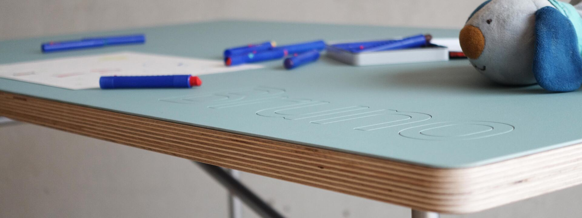 E2 Kids Desk, Tables