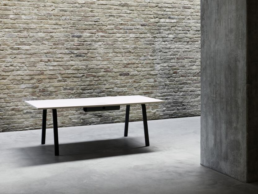 2020 – Din table frame designed by Michel Charlot