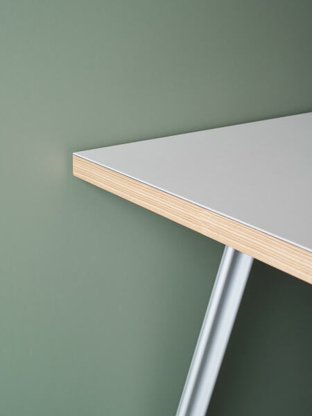 FAUST LINOLEUM EU Linoleum tabletops directly from the